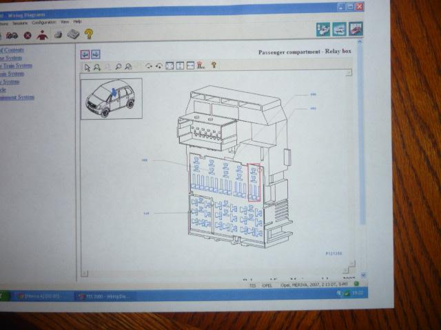 fuse box on vauxhall meriva meriva a   02 09  meriva tailgage won t open replaced switch  meriva tailgage won t open replaced